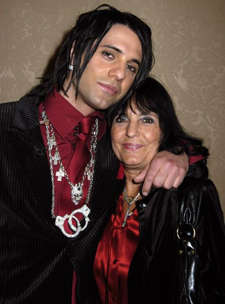 Dimitra Sarantakos (mother)