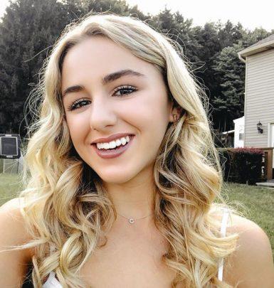 Chloe Lukasiak biography