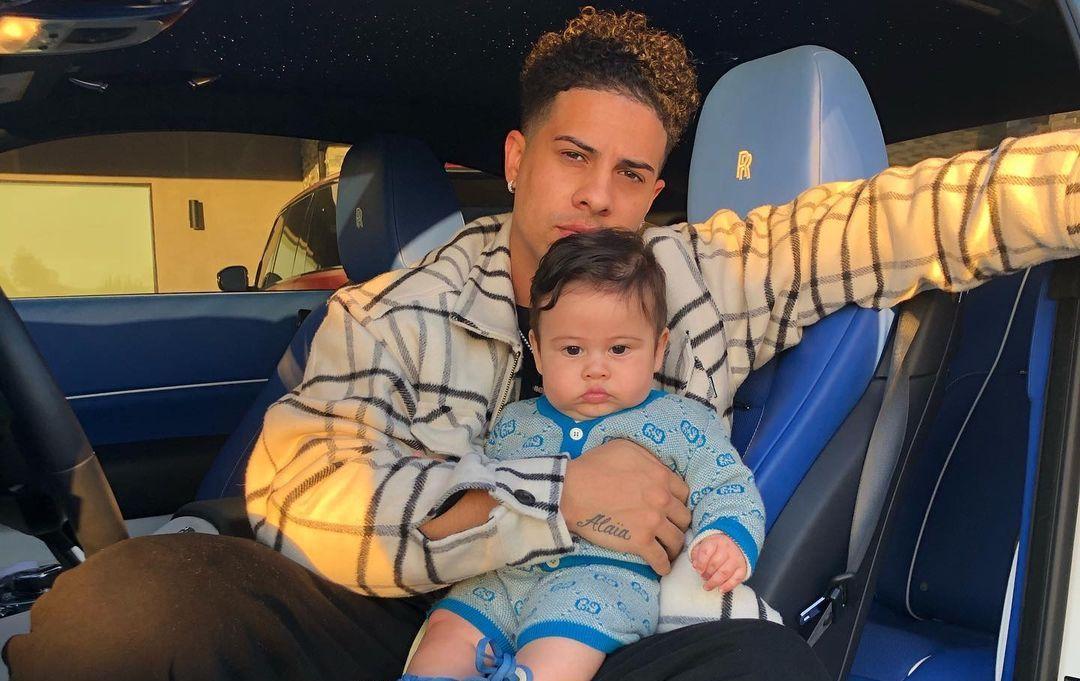Catherine Paiz son with Austin McBroom