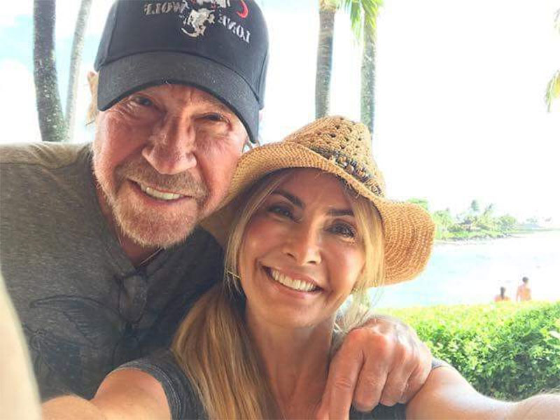 Gena O'Kelley and Chuck Norris