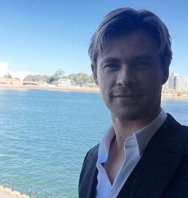Chris Hemsworth biography