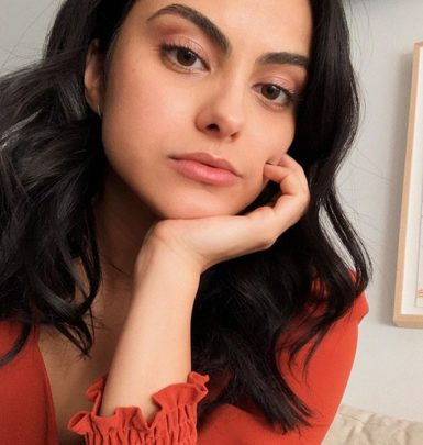 Camila Mendes biography
