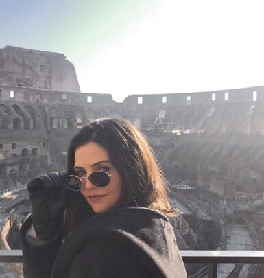Danielle Campbell biography