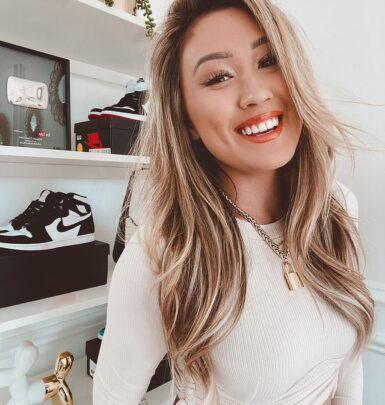 Lauren Riihimaki biography