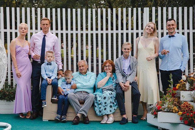 Anatoly Navalny father Alexey Navalny